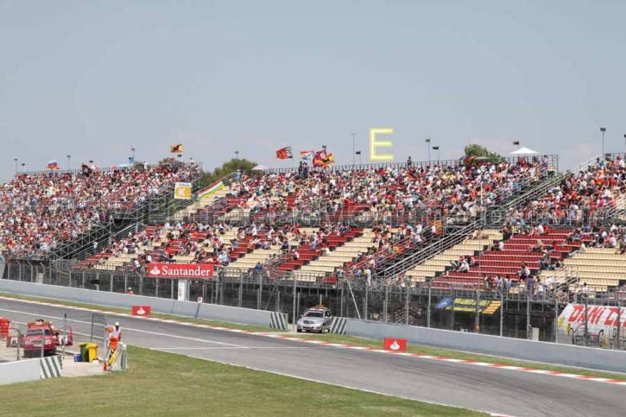 entrada tribuna e motogp montmelo circuit de catalunya entradas gp barcelona circuito montmelo. Black Bedroom Furniture Sets. Home Design Ideas